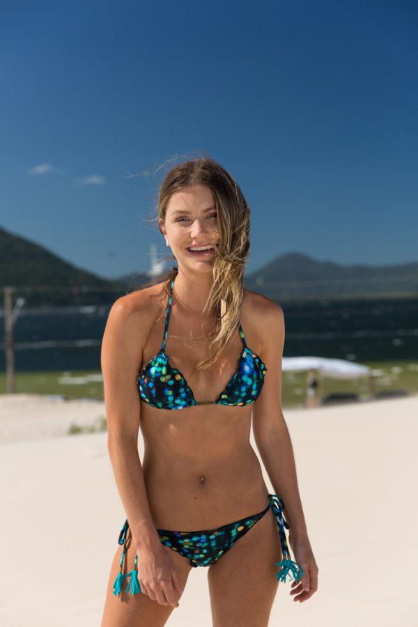 Sexy Scrunch Bikini - blaue Musterung und Pompons