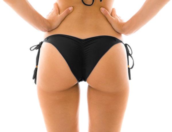 Sexy Scrunch Bikinihose mit gewellten Rand und Fransen