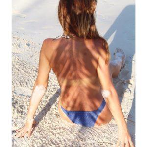 Blauer Bikini 2020 texturiert, Bandeau